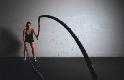 What qualities should a personal trainer have?